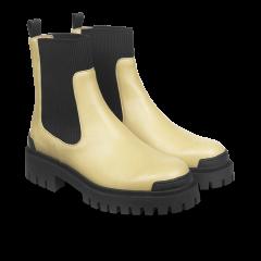 Stiefel mit Gummibandeinsätzen